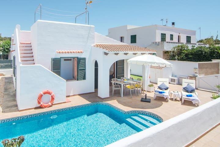 -%%% Villa Coral ❤️private pool, beach, AC, WiFi