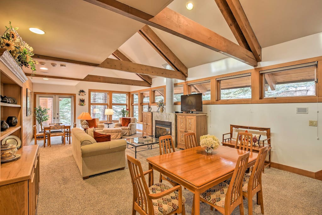 This alpine abode hosts up to 6 within 1,600 square feet of homey living space.