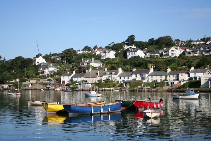 Devon cottage with estuary views - Noss Mayo - Dom
