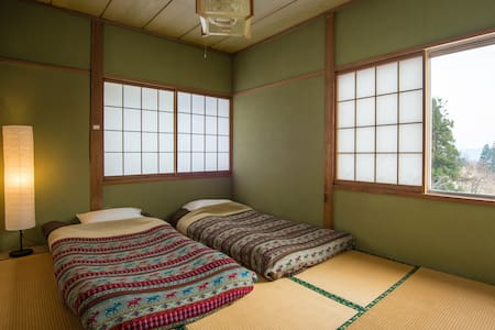 Myoko Powder Hostel - Private room - Myōkō-shi - Haus