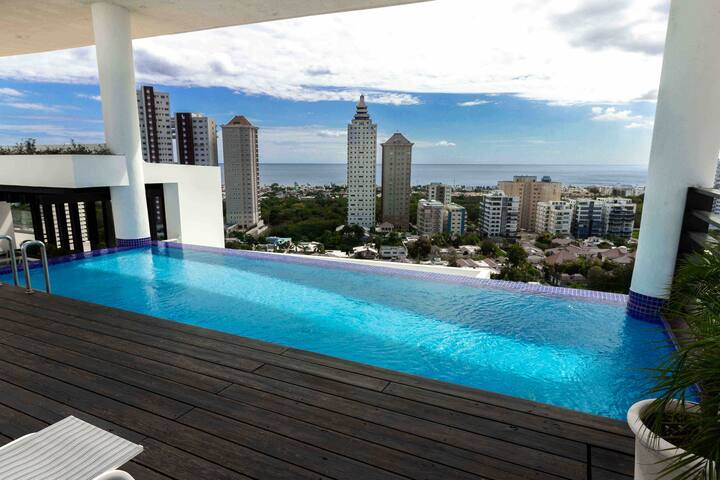 Luxurious 10th FloorW/OceanViews in Los Cacicazgos
