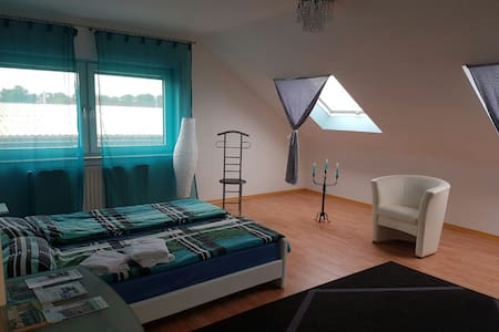 Nr. 11 Beautiful Rooms  25 minutes from Cologne - Kerpen Sindorf   SINDORF