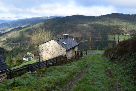 A Casiña  (The Little House) in the mountains