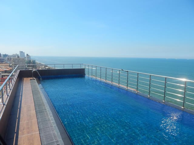 Brand New Sea View Apartment in Colombo Sri Lanka