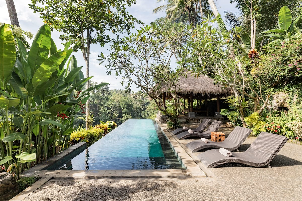 Riverside Alami Villa with Jungle Canopy Infinity Pool