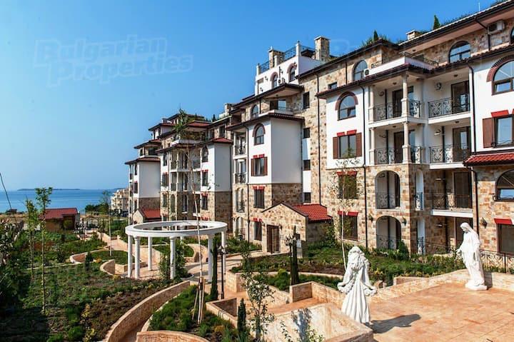 Apartment 150m from the beach in Sveti Vlas