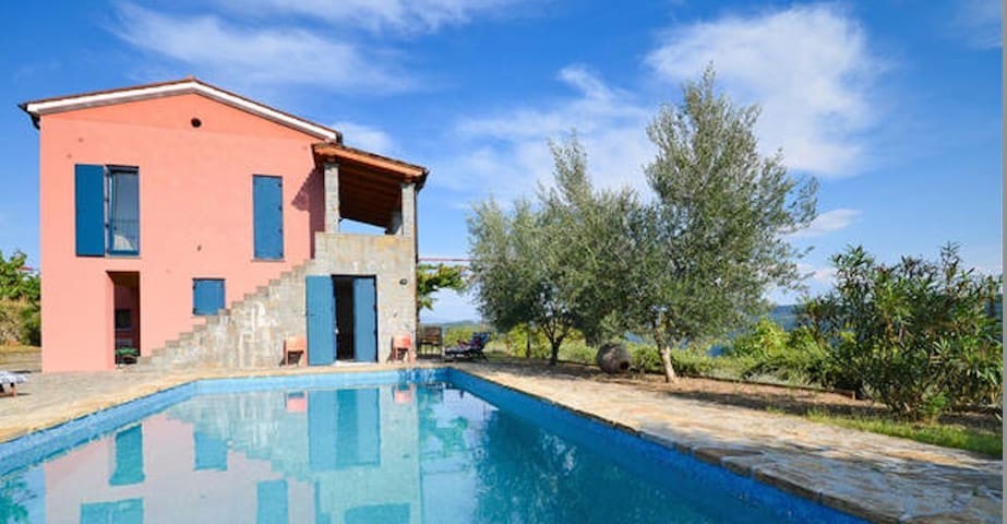 5 STAR  DREAM VILLA CRAZY LOW PRICES EARLY BOOK - Koštabona - Villa
