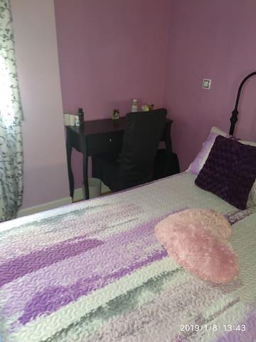 Cómoda y luminosa habitación centrica