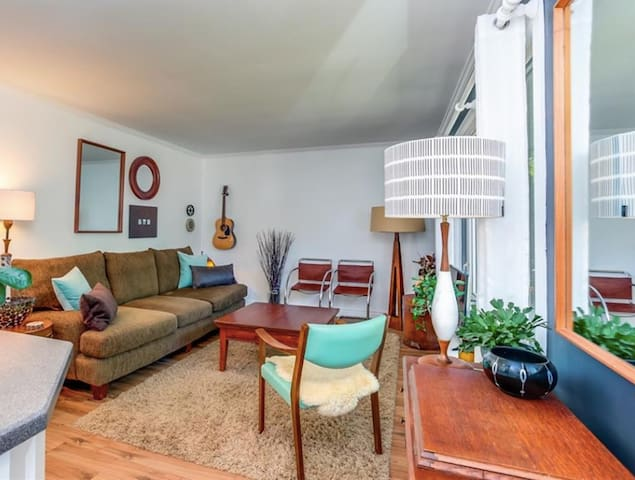 Beauty house close to downtown & 10 mins to Blue!