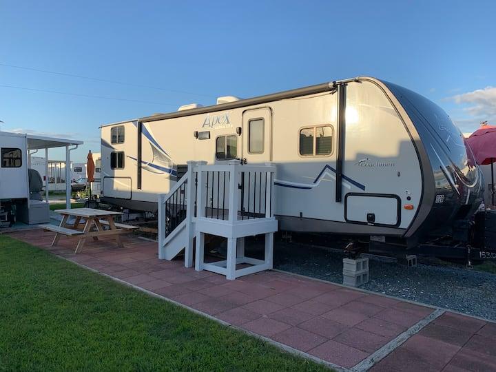 Camp at the Beach! Beautiful N. Topsail Beach, NC.