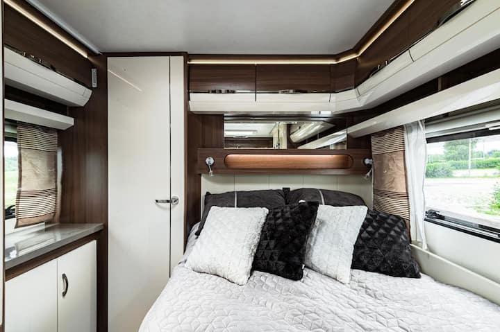 New luxury Caravan 30 min from Helsinki City
