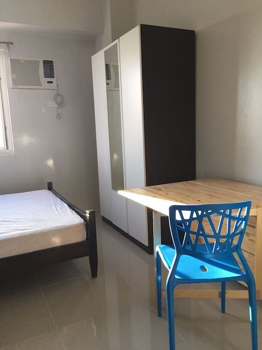 Bright clean studio sm blue residences katipunan for Cocktail tables for rent quezon city