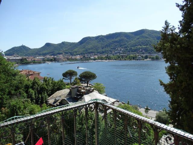 Open space Lake Como