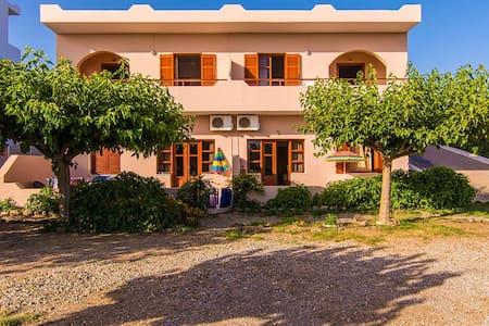 Liviko beach apartment No2
