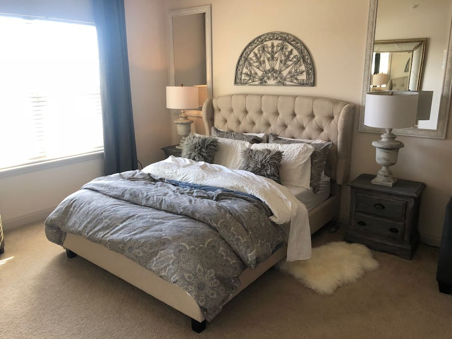 Gorgeous and comfortable Master Bedroom with private bath and sitting area