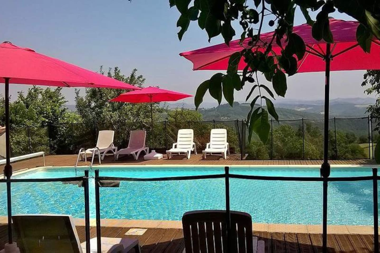 Sunny days by the pool with a stunning view!