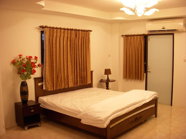 KITYAR PLACE - TH - Apartment