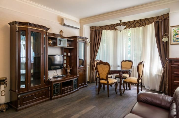 Handmade Furniture Maidan Classy apartment