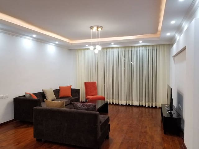 3 bedroom Apartment with WiFi