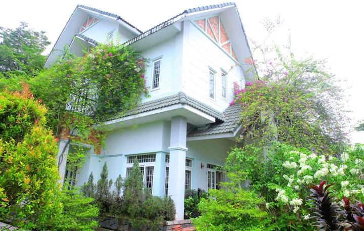 Western Land Villa