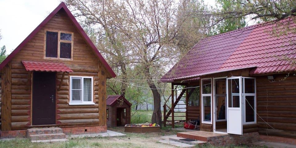Усадьба для большой компании рыбаков-охотников - Nikolskoye - Rumah