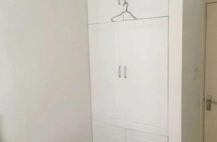 城中区 三房两厅两卫出租 带装修家具家电 - Laibin Shi - Appartement