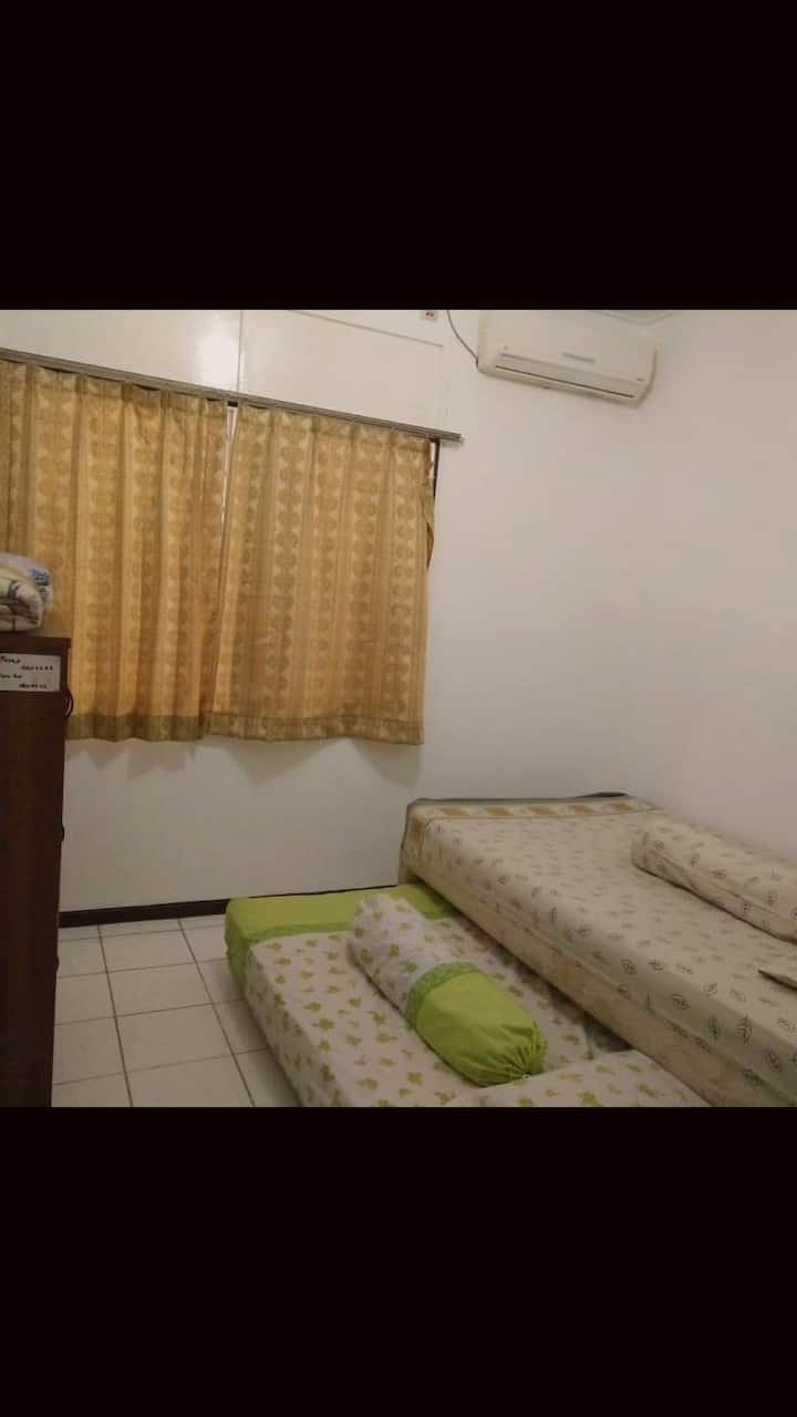Family home with 3BR and aircons