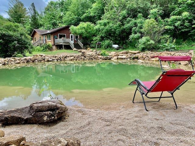White Pine Cottage w/ Natural Pool & Hot Tub