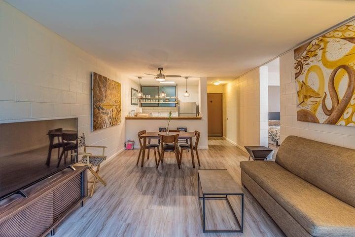 2 bedroom , ocean view, condo unit. Open 2021