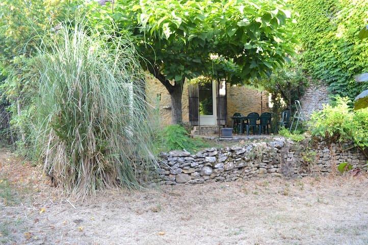 Gite de charme dans hameau au calme - Pressignac-Vicq - Casa