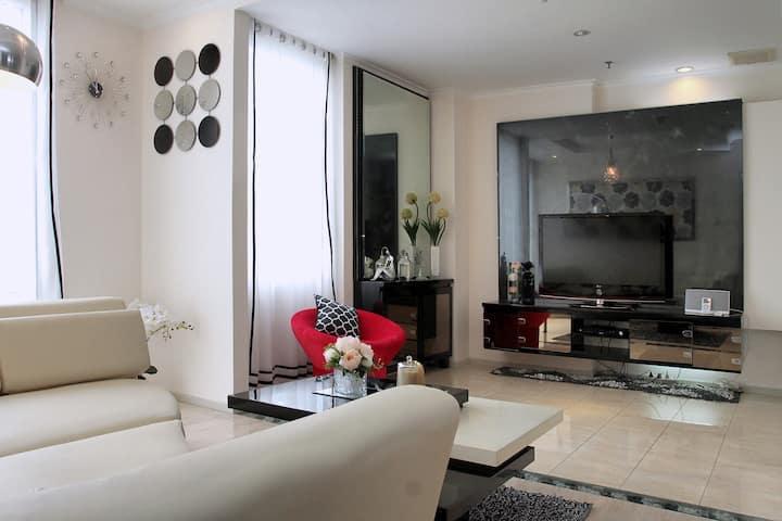 Luxury Apartment Best Location