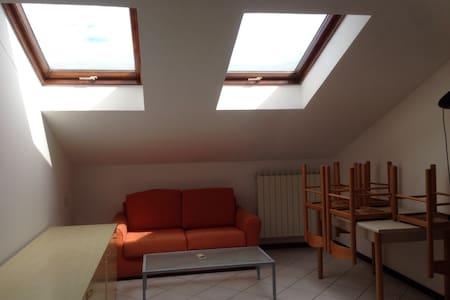 Bilocale mansardato - Apartment