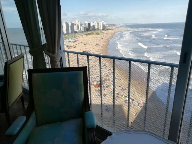 Excelente ubicación, vista al mar maravillosa