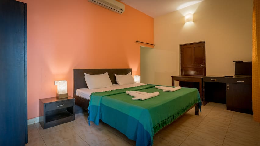 Casa Martins Comfy stay 5 mins walk to Baga Beach