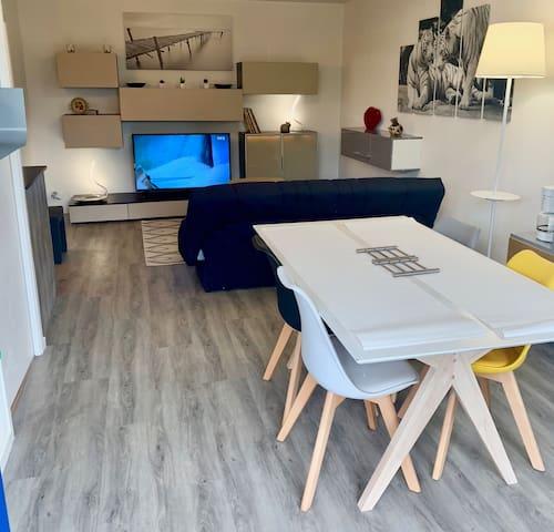 Appartement 150 m de la mer jardin privé