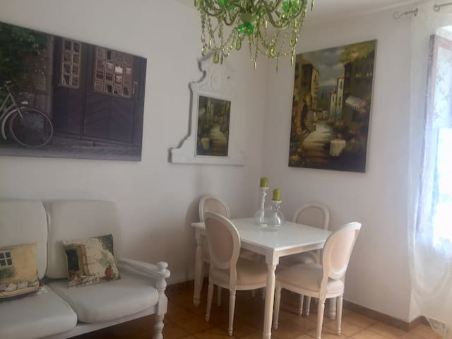 Lulù Marin Casa Vacanza Scalea