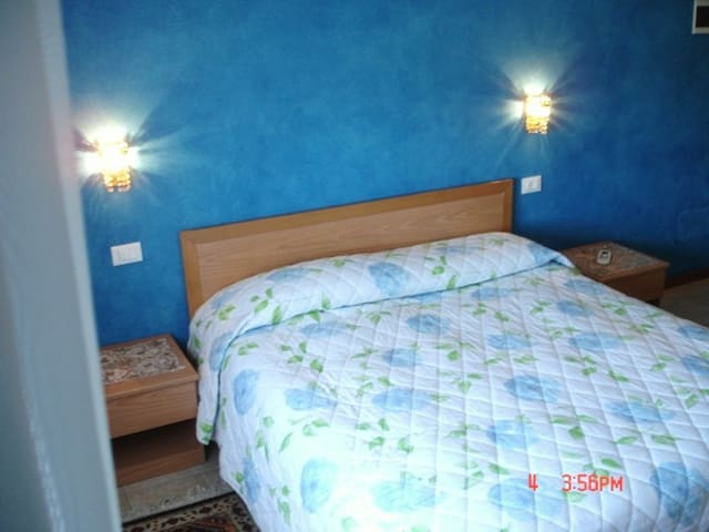 Roomx2- 10 min.from airport- Venice/Jesolo beach