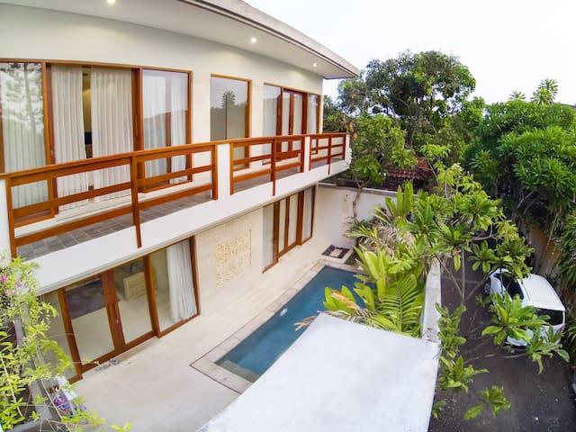 3BR Villa Duyung w/Breakfast short walk to Beach