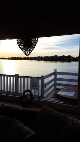 Hemsotter Hot Tub Holidays Tattershall Lakes