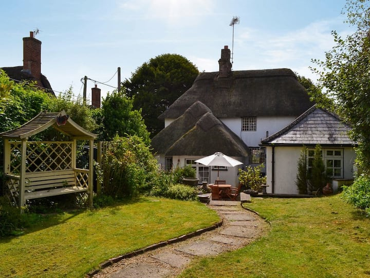 Yew Tree Cottage (UK12853)