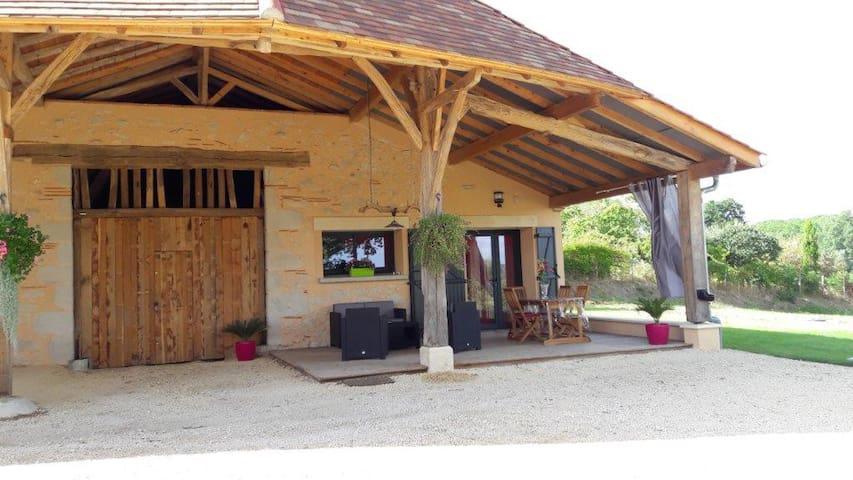 Très belle grange rénovée(01/2016) - Pailloles - Hus