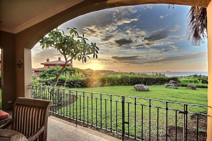 1 Bedroom Luxury Ocean View Reserva Conchal Condo
