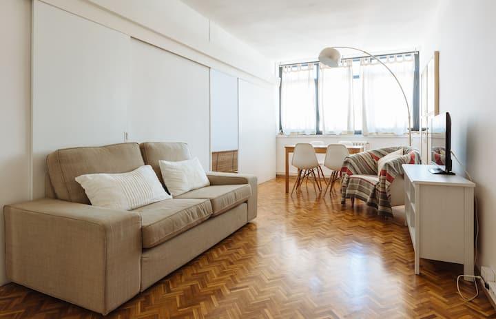 Apartamento muy luminoso para 3