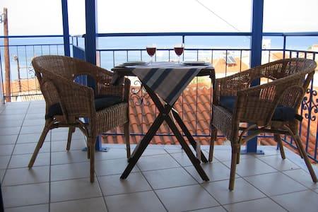 Villa Otium in Koroni, upper floor apartment - Apartemen