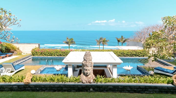Exclusive Villa With Ocean View in Uluwatu