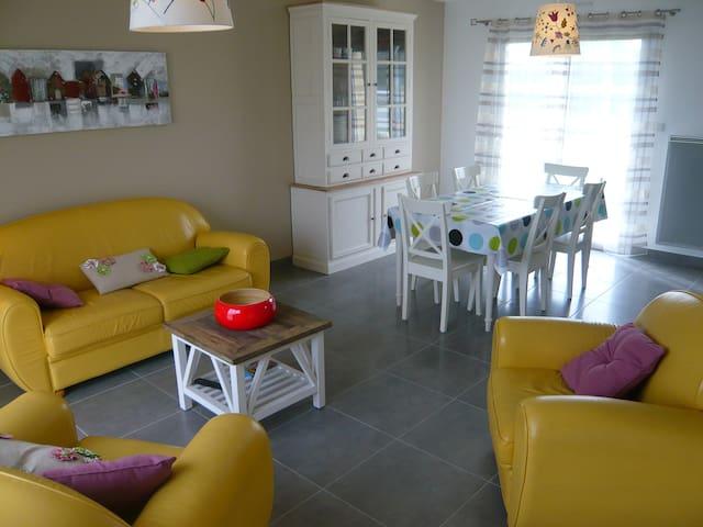 Jolie maison de vacances - Billiers - Haus