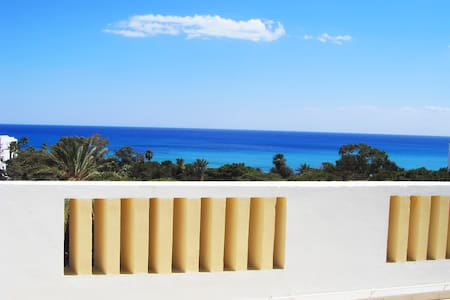 Azure studio in Hammamet with panoramic sea view