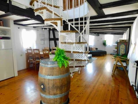 Historic Wine Cottage near Wiesbaden / Mainz