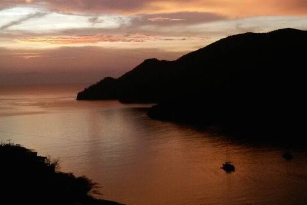 PANORAMIC VIEW OF TAGANGA BAY