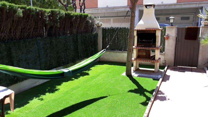 Casa con jardín en Malgrat cerca de amplias playas